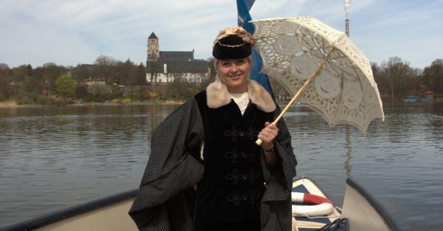Bootstour oder Schloßteichrundgang mit Karoline Mathilde Stahlknecht